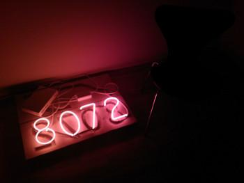 8072 NEON